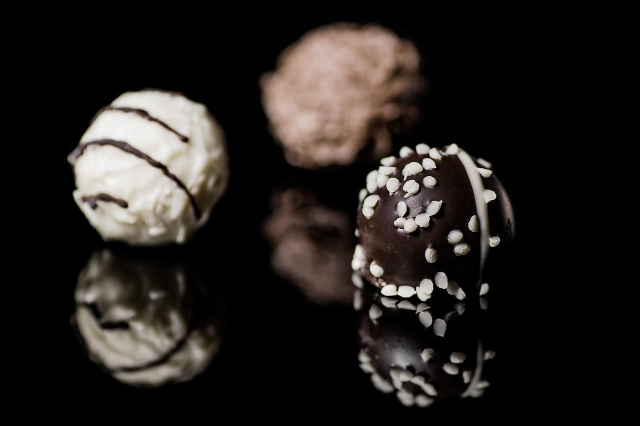 バレンタインの義理チョコって必要?会社では当たり前の風習?